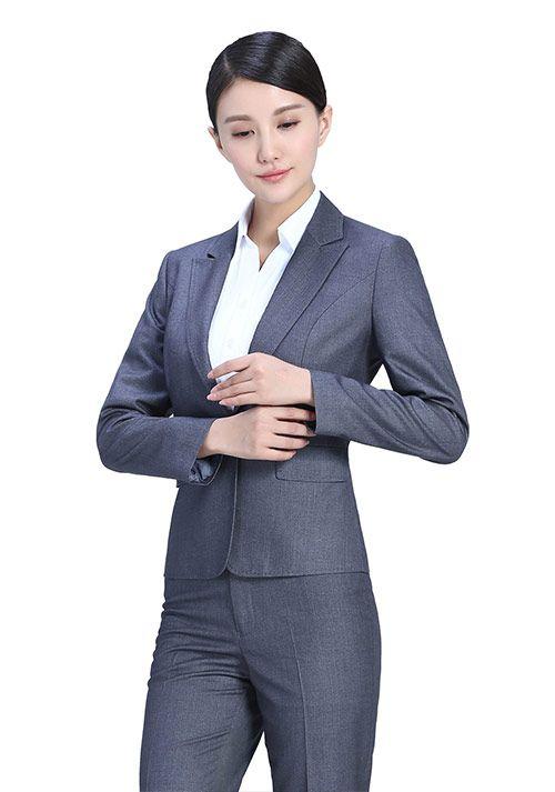 怎么选择适合自己的女士职业装定做-娇兰服装有限公司